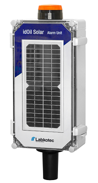 Solar powered oil separator alarm for off-grid areas